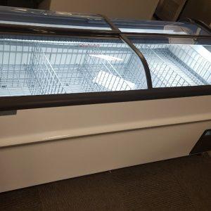 Supermarket Island Focus Chest Freezers for Sale